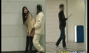 Japanese Chick Flashing And Bonking In Bring in