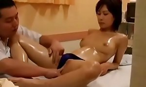 CHINESE MAN GIVING CHINESE WIFE BEST MESSAGE WITH SEX TOY--MARRIEDCOUPLEVIDS.COM