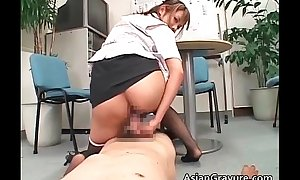 Gung-ho asian slut engulfing guys weiner